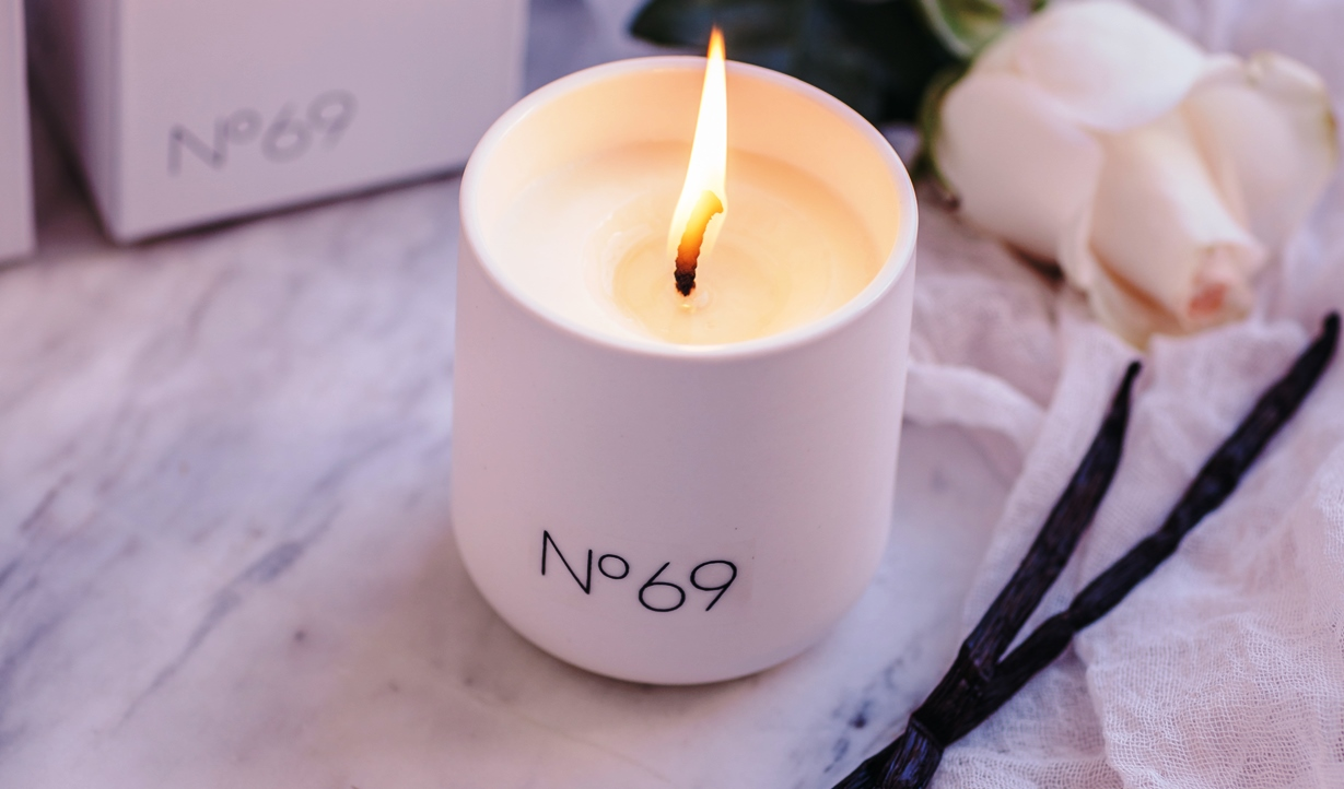 Candle 1001 night, number 69, ylang ylang, vanilla and geranium essential oils